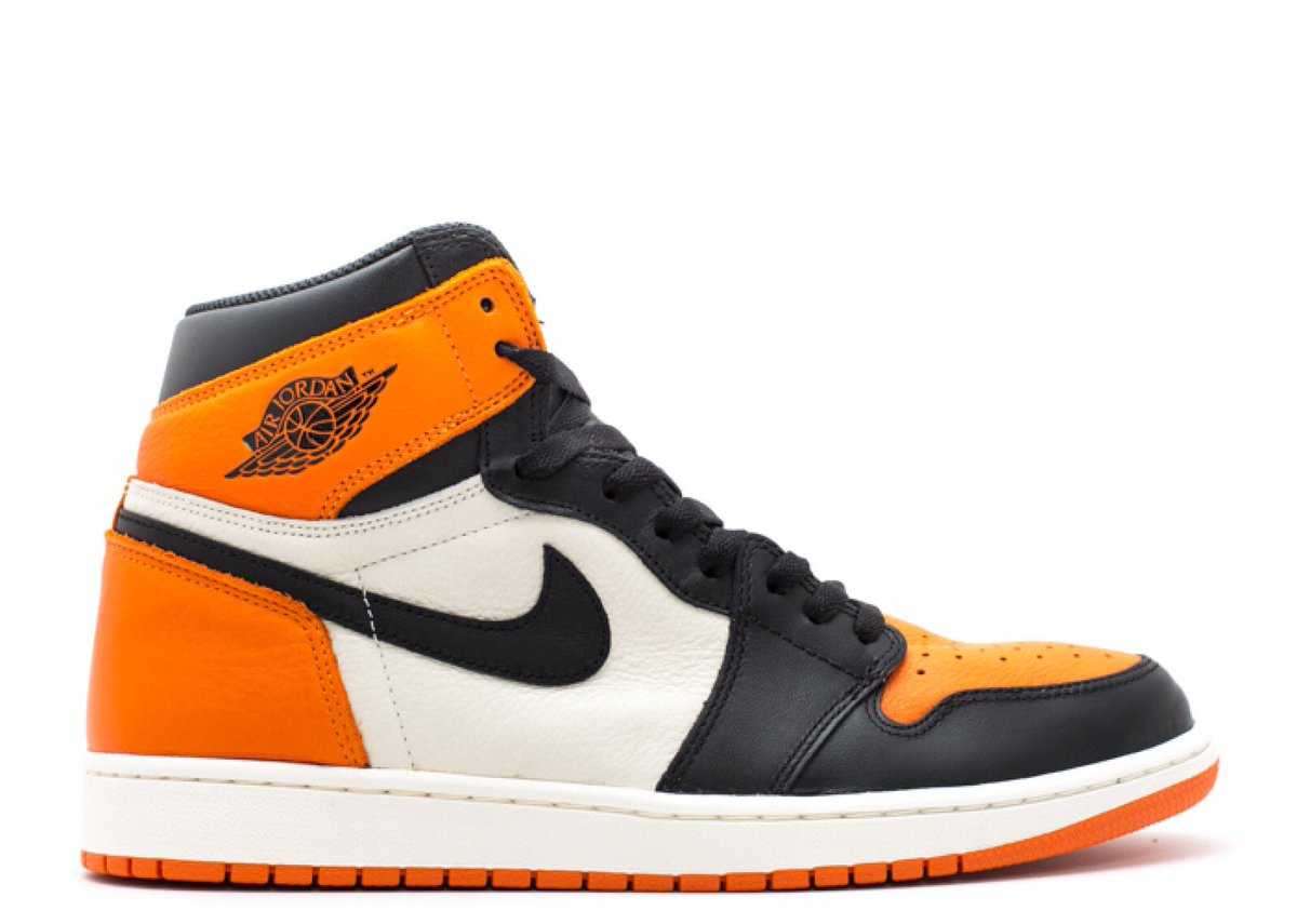 "9c896b5a9d3 ... number to close the list so here comes: 12) Nike Air Jordan 1 Retro  High OG ""Shattered Backboard"" (2015) vs Bullock's Oriolepic.twitter .com/nYWsDtgWhq"