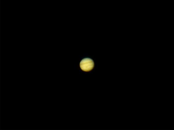 0dda1becc7941 木星は良く撮れています。 大赤斑 もハッキリ。対して土星はずいぶんガッカリな写りでした。次回に期待です。 4 9 3 18~35撮影。