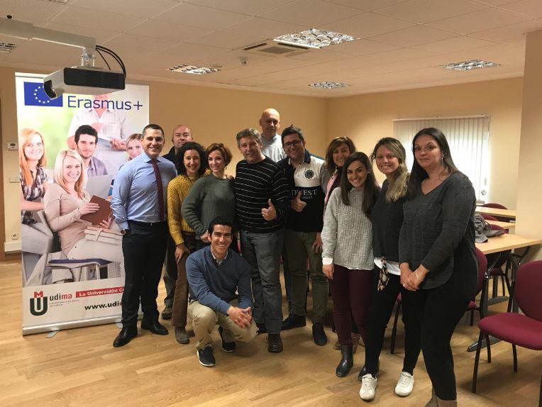 test Twitter Media - Seguimos ayudando en el aumento de espacios cardioprotegidos. Hoy toca darle las gracias a @UDIMA por confiar en @ASPYPrevencion para la #cardioprotección de sus instalaciones y la #formación inicial en Soporte Vital Básico y uso de #desfibrilador  #educacion #Madrid #prevencion https://t.co/X5FXaX77cO