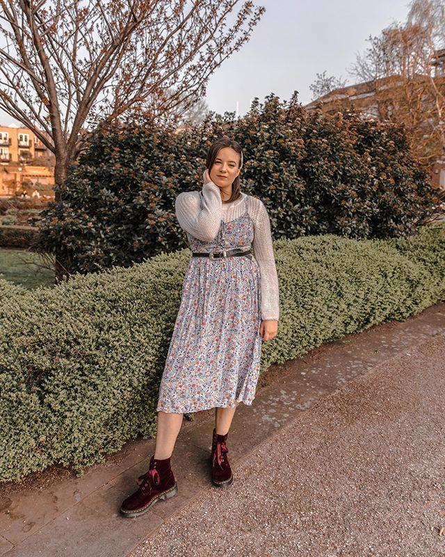 Sometimes I like to dress like 10 year-old me  ( by @sarahellen_photography ) . . . . #reallifeandstyle #slowstyling #wearingtoday #fbloggerstyle #midsizestyle #averagegirlsize #highstreetstyle #todayiwore #whatiamwearing #fashiongrammer #fblogger… http://bit.ly/2Uq6RIhpic.twitter.com/XYMJjINReA