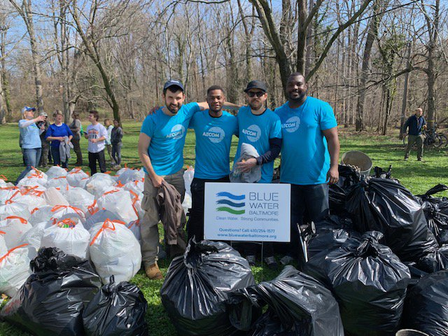 We had a great time supporting @BlueWaterBmore this past weekend, participating in the #GwynnOak Community #Watershed Cleanup! #AECOMBlueprint