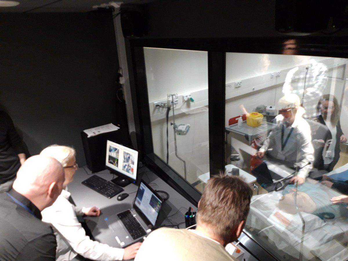 TAMKin OPEKE-pilottiryhmän opiskelijat tutustuivat simulaatiopedagogiikkaan,
