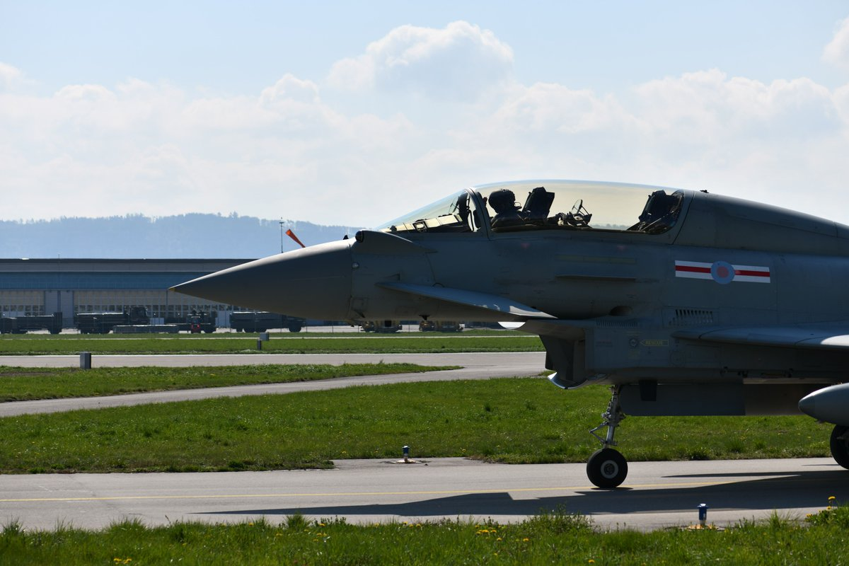 The #Eurofighter Typhoons have landed in #Switzerland for the #FET #armasuisse #Air2030 #swissairforce #EFSuisse #SchweizerArmee @vbs_ddps @BAESystemsAir @AirbusDefence @RAFLive