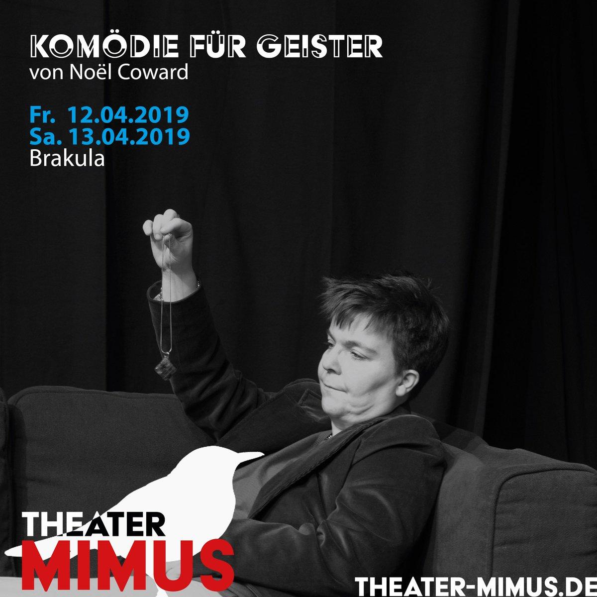 Unsere Madam Arcati pendelt sich schon mal für unsere Auftritte am Wochenende ein. Freitag und Samstag sind wir im @Brakula zu Gast. Karten und Infos bekommt ihr über unsere Internetseite. | #theatermimus #theater #hamburg #noelcoward #komödiefürgeister #komödie  #bramfeldpic.twitter.com/rPsNhjvTLT
