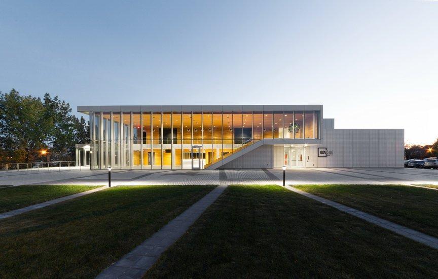 L'@OrdreArchiQc a dévoilé les #gagnants de ses #prixdexcellence en #architecture, dont le Quai 5160 - Maison de la culture de @Arr_Verdun, conçu par les Architectes FABG, comme #bâtiment culturel! 🎉 ➡️ https://t.co/bq7jHGmdwg #GalaArchiQc2019 #ArchiQc #Culture 📸 Steve Montpetit https://t.co/llKHVQqWuj