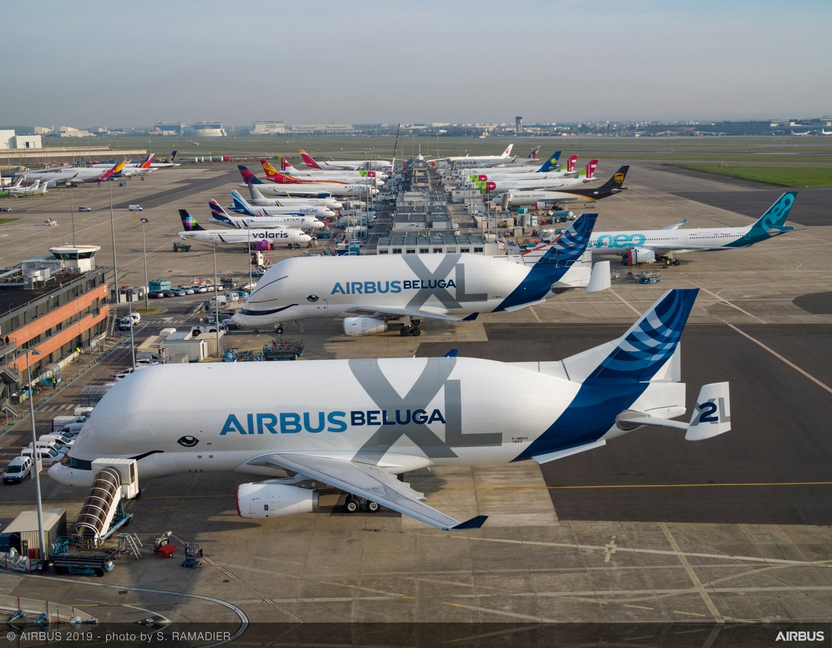 Airbus will expand the #BelugaXL programme to include a sixth oversize airlifter – providing additional capacity in its internal transportation network; future possibilities are under consideration for the five existing #Beluga now in service: http://bit.ly/2Il6NlL