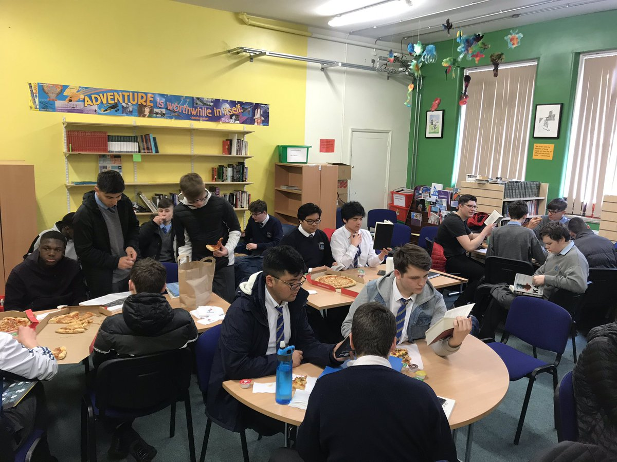 An evening of pizza and books for literacy week #reading #literacy #libraryevening #literacyweek
