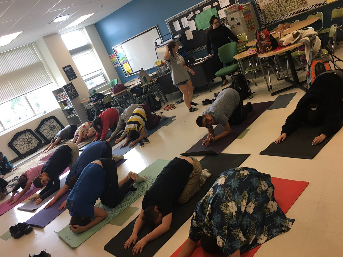 Yoga with <a target='_blank' href='http://twitter.com/BestBuddiesWHS1'>@BestBuddiesWHS1</a> yesterday after school was a great way to start the week! <a target='_blank' href='http://twitter.com/WHSHappenings'>@WHSHappenings</a> <a target='_blank' href='http://search.twitter.com/search?q=warriornation'><a target='_blank' href='https://twitter.com/hashtag/warriornation?src=hash'>#warriornation</a></a> <a target='_blank' href='https://t.co/HO8MIkEh5W'>https://t.co/HO8MIkEh5W</a>