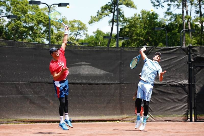 Practice makes perfect. @Bryanbros @Bryanbrothers 📸: @mensclaycourt @WickPhoto