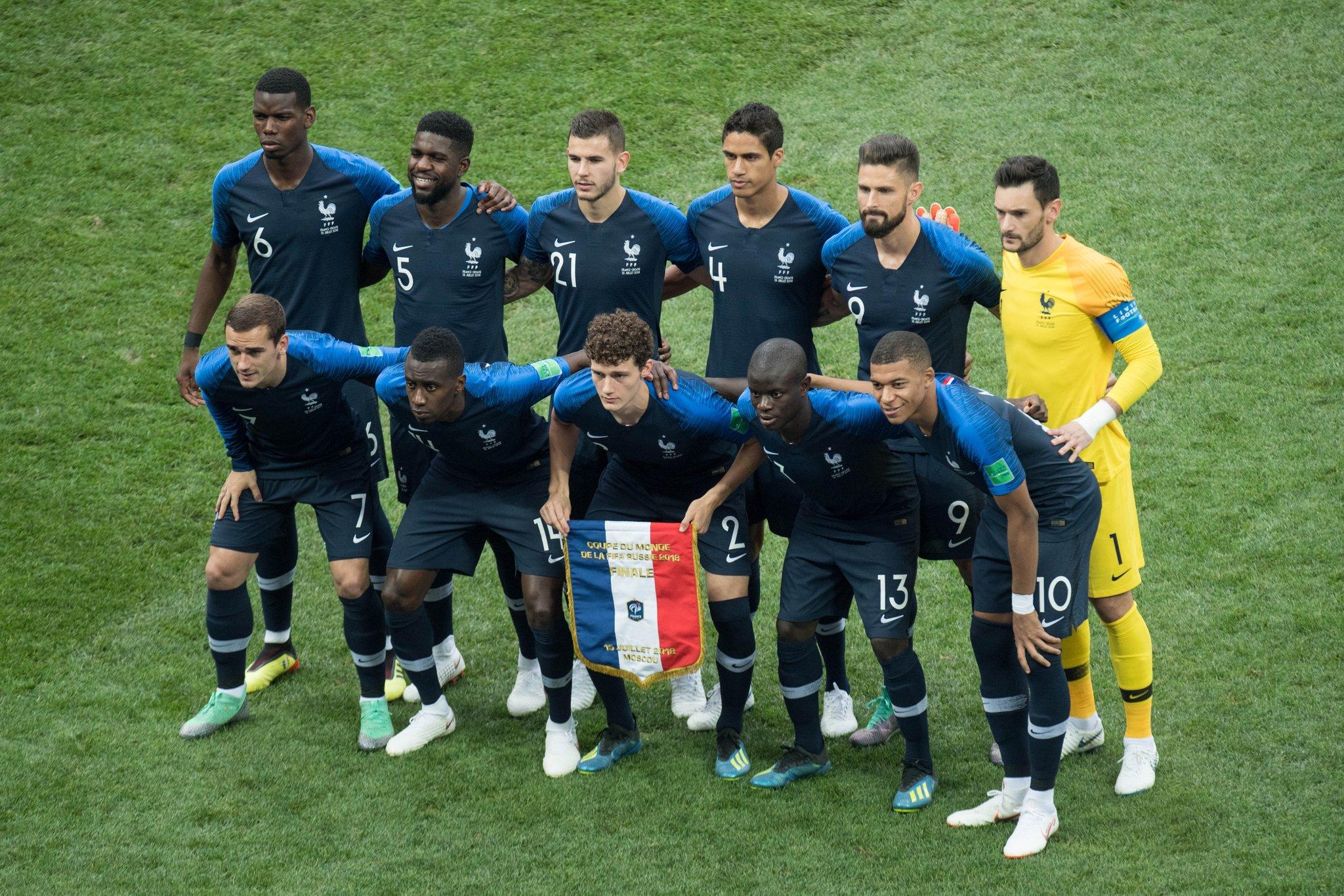 сборная франции по футболу демотиватор связал