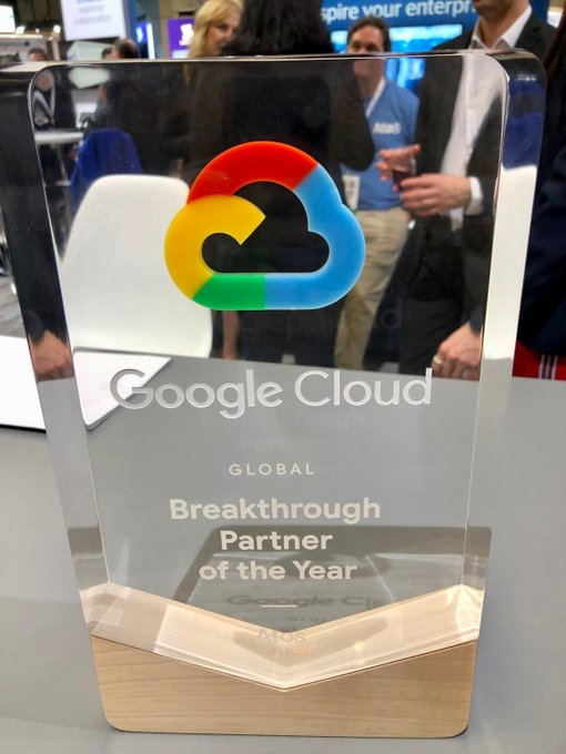 """Orgullosos de recibir el premio """"Google Cloud Global Breakthrough Partner of the Year"""" en..."""