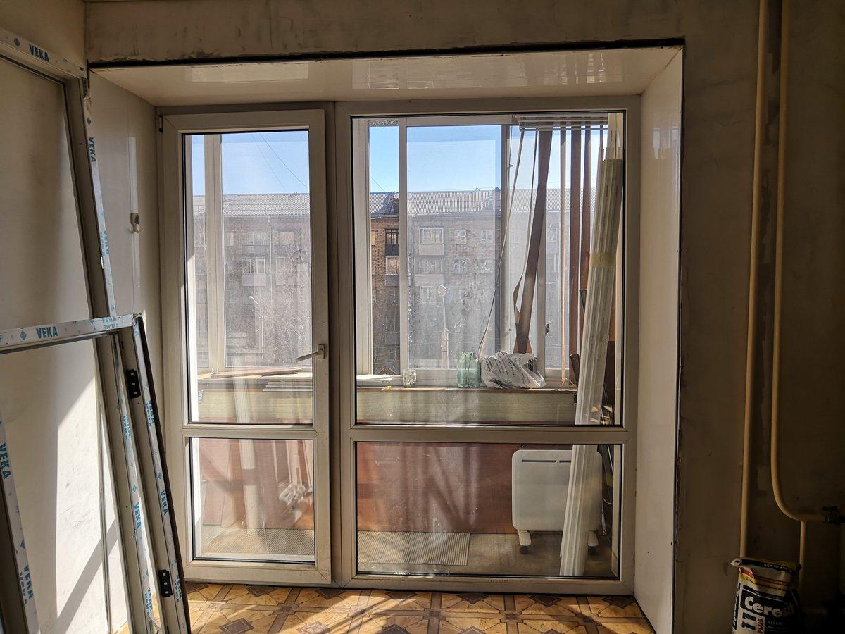 терон французские окна в квартире на балкон фото подходят для изложения