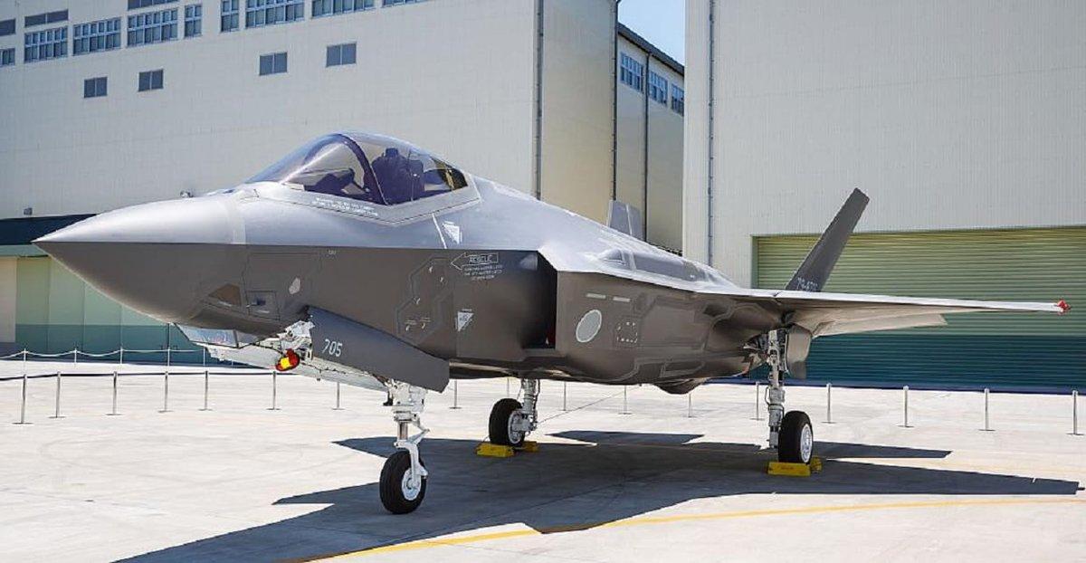 """اختفاء مقاتلة من طراز """"إف-35"""" تابعة لليابان فوق الهادئ D3xlLX_XkAAPS-_"""