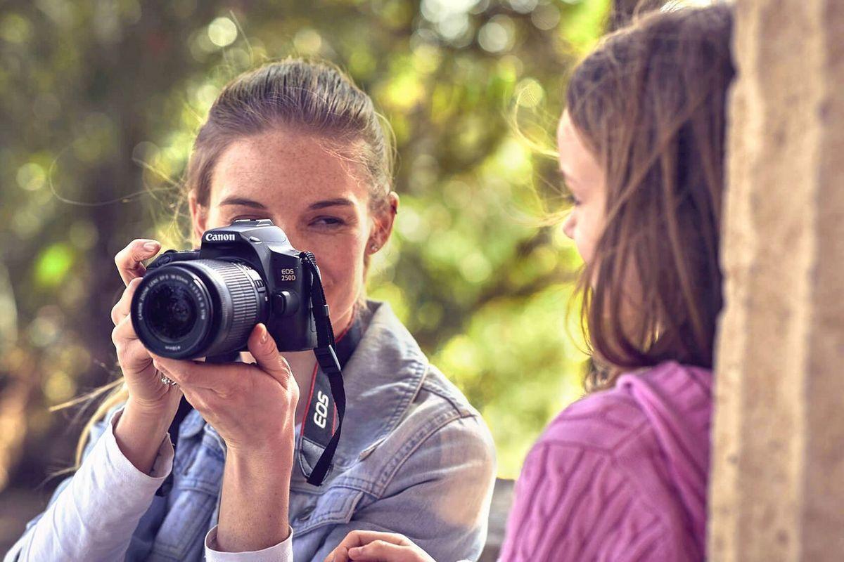 юморные как начать фотографировать на зеркальную камеру вырастить клубнику