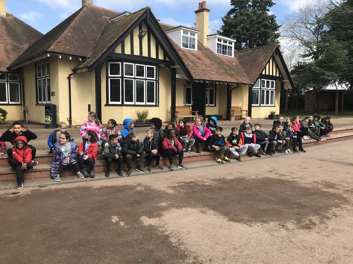 Safe arrival at PGL with year four! Here's to a wonderful few days 😊 @afreemanNMPA @NorthManorAcad