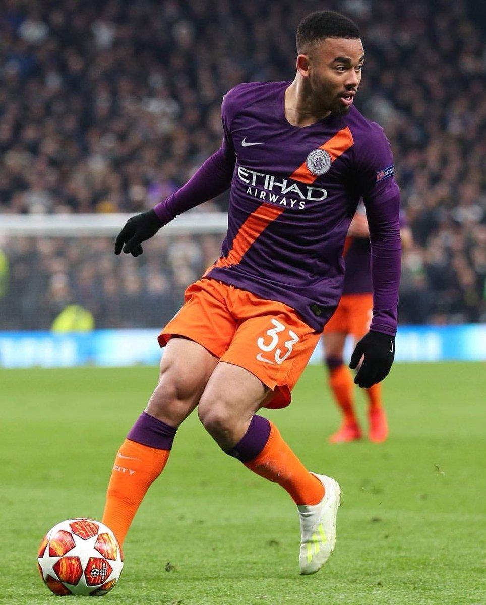 Good performance, boys. Unfortunately the result wasn't the one we wanted. But we're going to fight until the end. Let's do it!  #comeoncity #gratidão #alomae #doperi