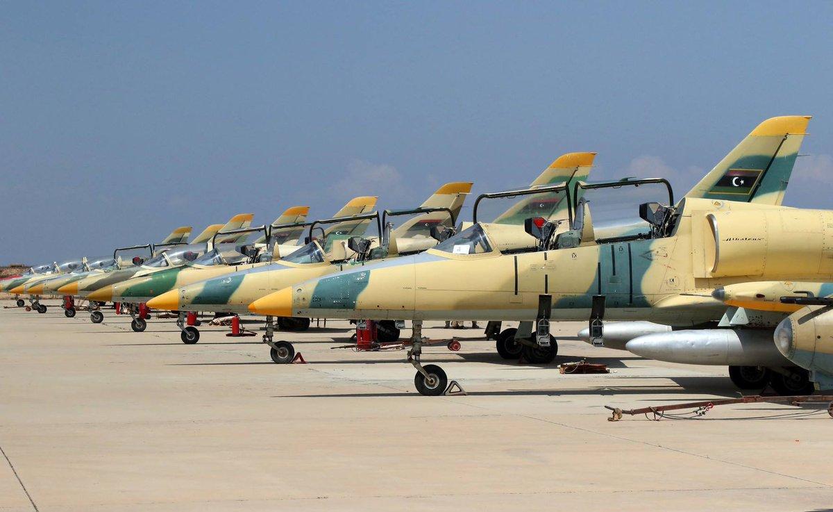 المسابقه الرمضانيه: الطائره Aero L-39 Albatros الخفيفه  D3z79kOWkAITEm9
