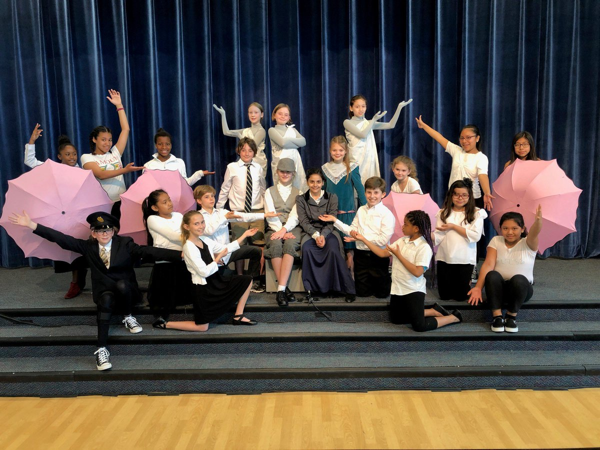 Mary Poppins Jr. thrilled the audience today at Long Branch Elementary School ☂️☂️☂️ Second show starts at 7:00 pm tonight!!! come and see an excellent show! <a target='_blank' href='http://twitter.com/APSArts'>@APSArts</a> <a target='_blank' href='http://twitter.com/APSVirginia'>@APSVirginia</a> <a target='_blank' href='https://t.co/xQt7jTTa8H'>https://t.co/xQt7jTTa8H</a>