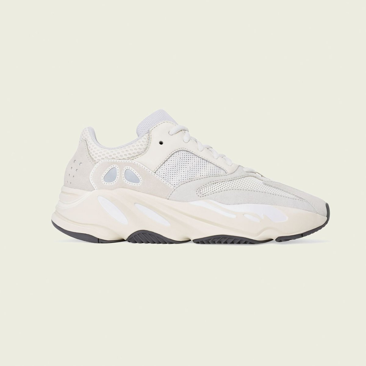 6d7f833227b YEEZY BOOST 700 ANALOG RELEASING APRIL 27pic.twitter.com UoV0cPU3tD