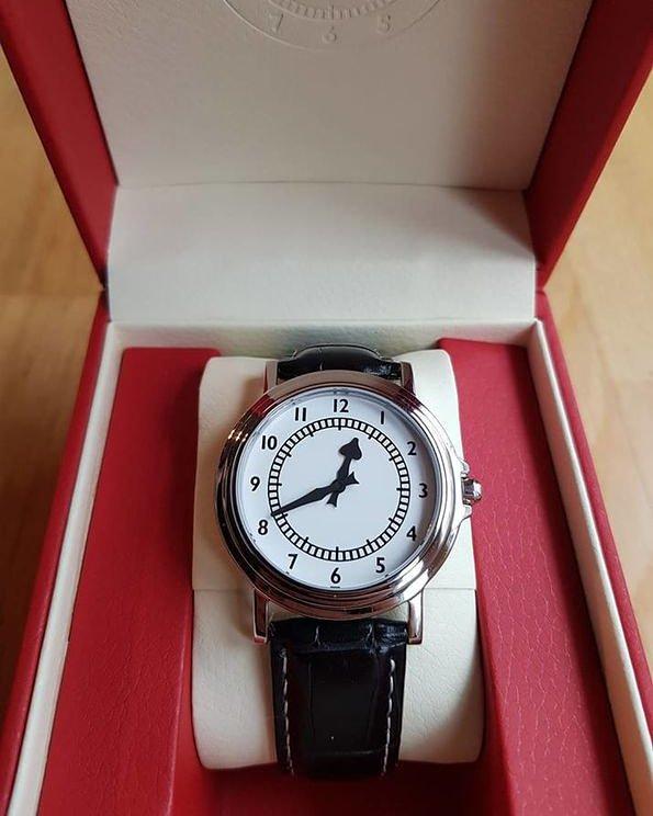Clock Watch Giveaway - if we win the 1st leg vs Napoli one follower (worldwide) who RTs this will get a Clock watch from https://thehighburyclock.mysupadupa.com
