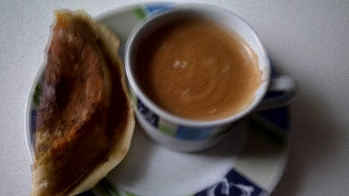 Coffee time.  <br>http://pic.twitter.com/gA0mrjehBk