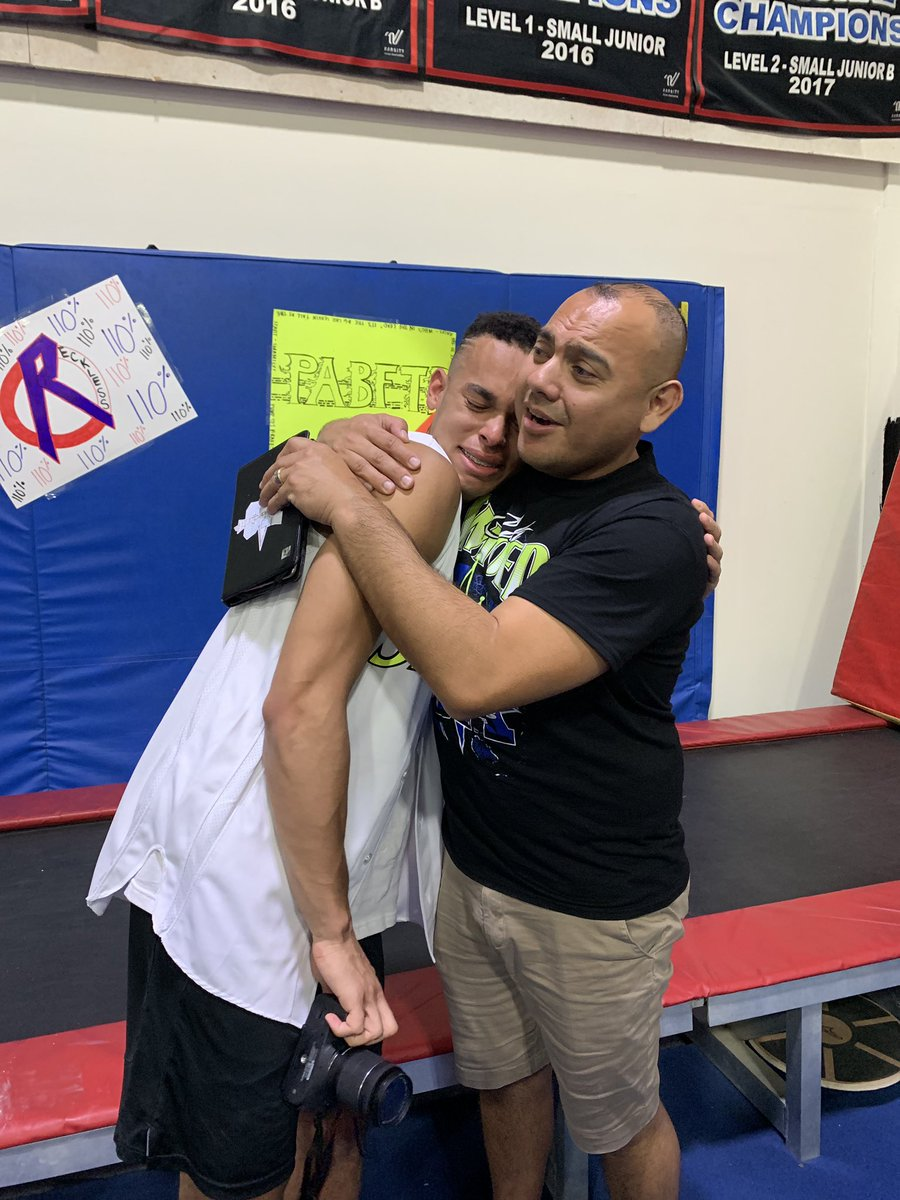 i love you @Smoedcoach. being coached by you has been an absolute dream. never want this to end <br>http://pic.twitter.com/tZwOq9DKYg
