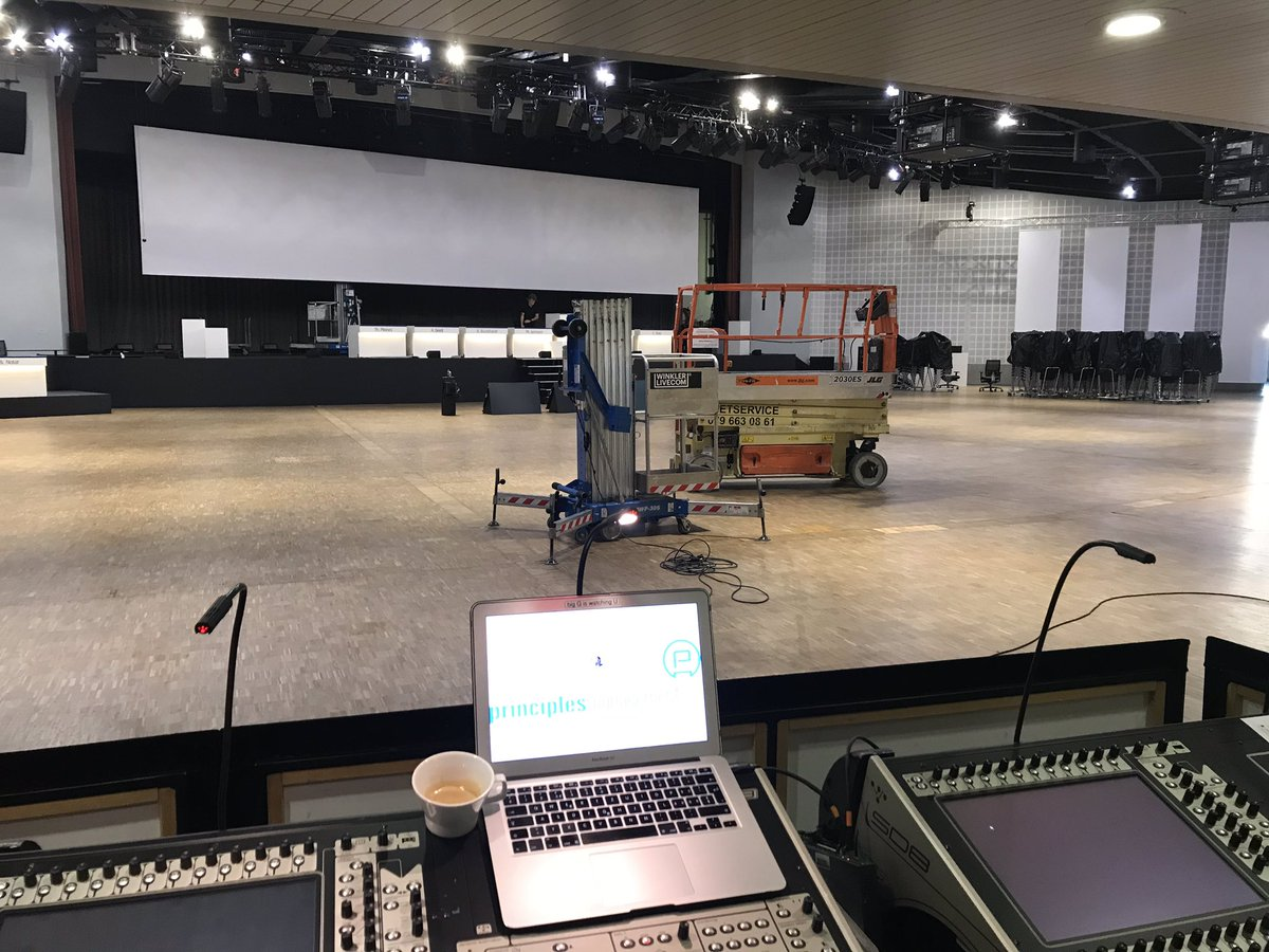Day 2, set up & rehearsals still in San Francisco, Samarkand, Osaka, Singapur & Rio. Coffee machine still running... #bigG #bigGquotes #productionmanager #principlesmanagement #winklerlivecom #congresscenterbasel #whyIhatemyjob  @principlesmanagementpic.twitter.com/CuY8GBUhup