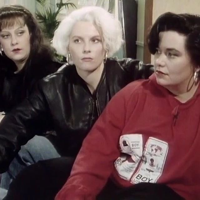 Yes i am watching the 1988 French and Saunders Christmas special in April, what's your point?? <br>http://pic.twitter.com/tdwabPeRO7
