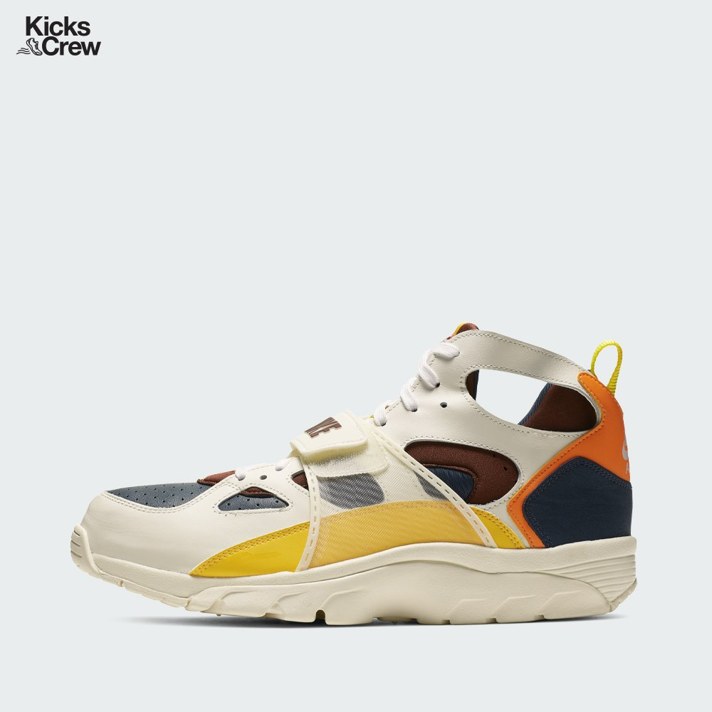 a4decb9eebe07e  solecollector  dailysole  kicksonfire  nicekicks  kicksoftoday   kicks4sales  niketalk  igsneakercommuinty  kickstagram  sneakflies   hyperbeast ...
