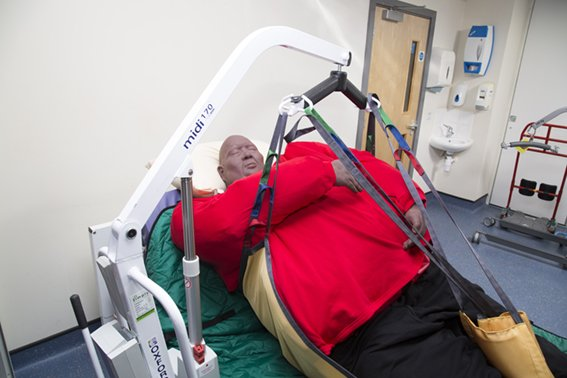 #NHS at break point as 5 MILLION #patients seen by #hospitals annually #Ageing population #obesity crisis & #diabetes blamed dailymail.co.uk/news/article-6… #Paramedic #Ambulance #Nurses #Doctor #Surgeons #Health #Training #BariatricTraining #Bariatric #PatientSafety #Carers #Dignity