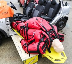 What weighs 25st/350lb/159kg & can be carried by an INDIVIDUAL? See youtu.be/J40JSHE6acI to find out #Fire #Paramedic #Ambulance #NHS #Nursing #Training #Rescue #HART #Firefighters #SAR #ISAR #Hospital #Care #PatientSafety #Patients #BariatricTraining #Bariatric #Funeral #RTC