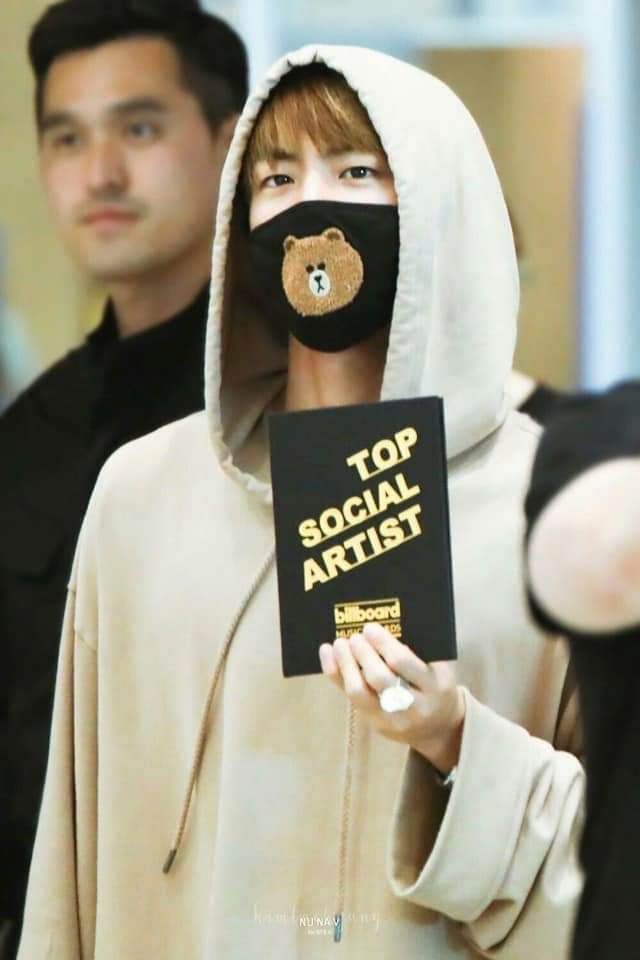 I&#39;m Jin Hit you know ? =))) #BBMAsTopSocial BTS @BTS_twt<br>http://pic.twitter.com/CtPjuV79sH