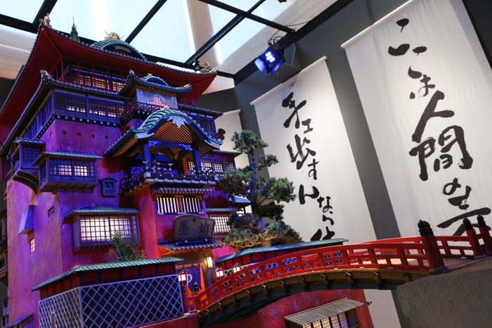 「 #鈴木敏夫とジブリ展 」約3年ぶりの東京展覧会開幕『千と千尋の神隠し』ハクのおにぎりなど特製メニューにも注目 #ジブリ 【ほか写真あり】