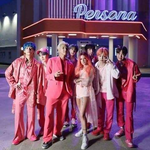 Oh my my my oh my my my! VOOTTTEEEEE! NEED FOLLOWERS! I WILL FOLLOW BACK! #BBMAsTopSocial BTS @BTS_twt<br>http://pic.twitter.com/gnerMyK6bc