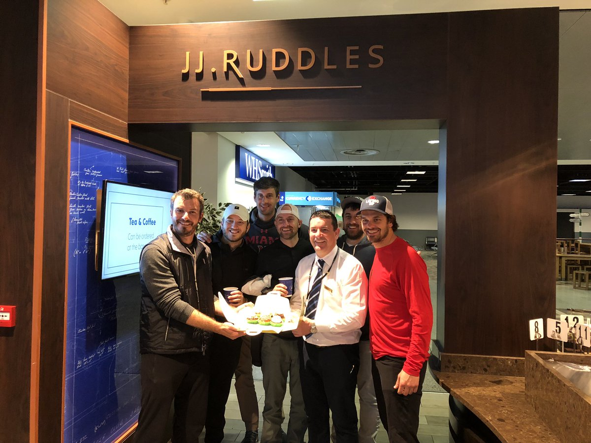 A great welcome @ShannonAirport this morning as the @NoLayingUp #TouristSauce trip starts!