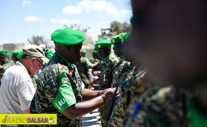 Transitioning to National Forces in Somalia: More Than an Exit for AMISOM  https://www. radiodalsan.com/en/2019/04/23/ transitioning-to-national-forces-in-somalia-more-than-an-exit-for-amisom/ &nbsp; … <br>http://pic.twitter.com/e3dvDTEUjJ
