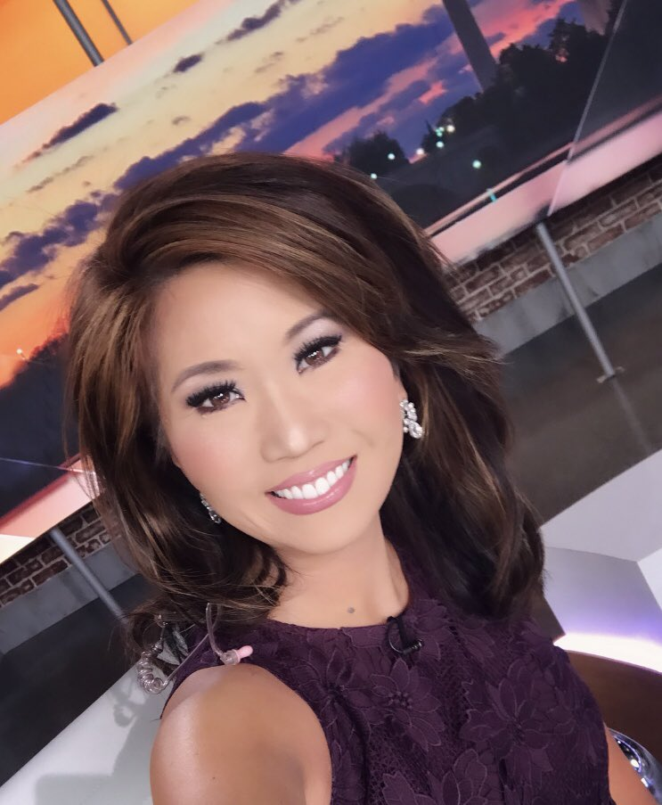 Morning ! Morning #DMV!   Sunshine with HIGHS REACHING 80's TODAY... meditate on that!  Time to #GetUpDC! Wake up, grab your coffee and see you soon!   @WUSA9<br>http://pic.twitter.com/sZS0H4MzIS