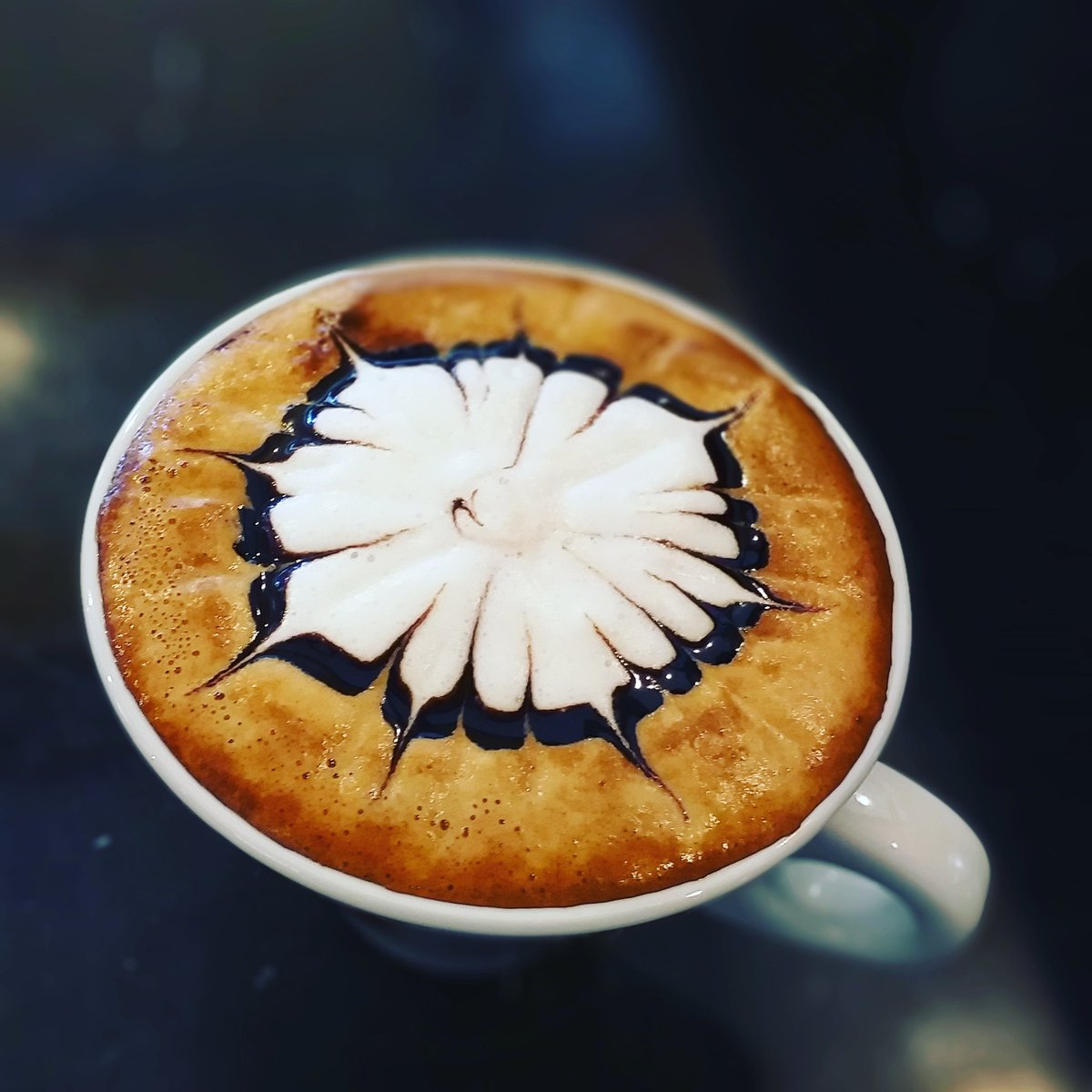 #coffeeoftheday #coffeephotography #photocoffee #artcoffee #caferacer #bestcafeintown #photographer #passionart #coffeeobsession