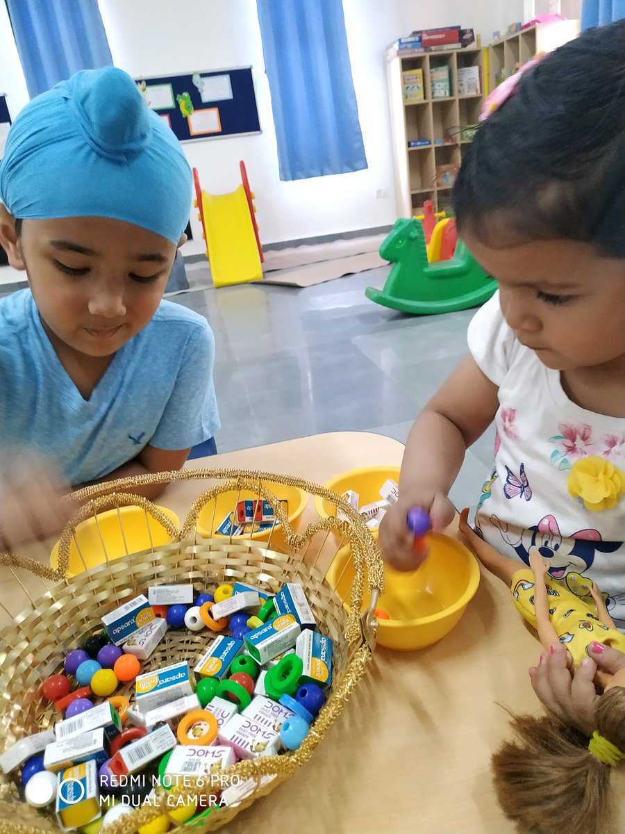 To enhance the #fine motor skills of the #young learners #sorting activity is really a fun.The pincher grip helps in #writing and strengthening their finger muscle. @Anupam_Sharmaa @Shalini040876 @PrimaryLeap @akmittals @CambridgeInt @IpsCambridge @sonal_rwt @cambridgeindia