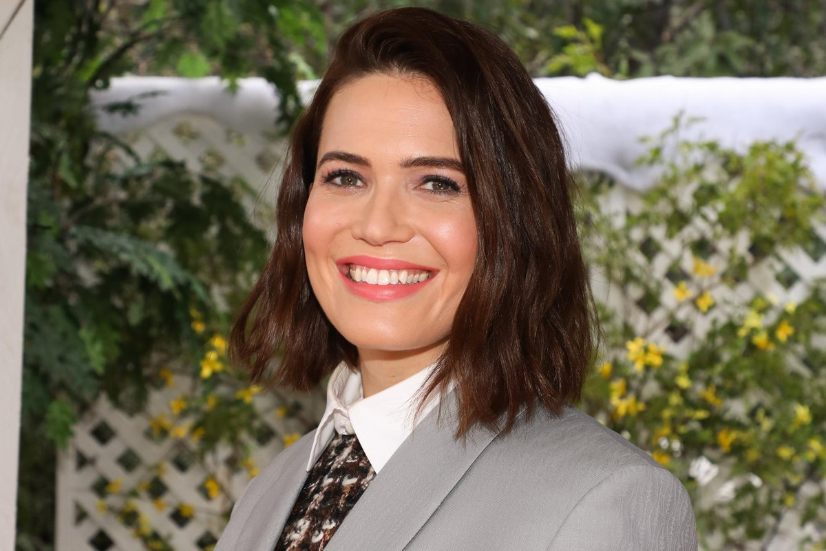 Mandy Moore Opens Up About Knowing She Would Marry Again https://t.co/3LGHPvp1is https://t.co/GK4bXk6M46