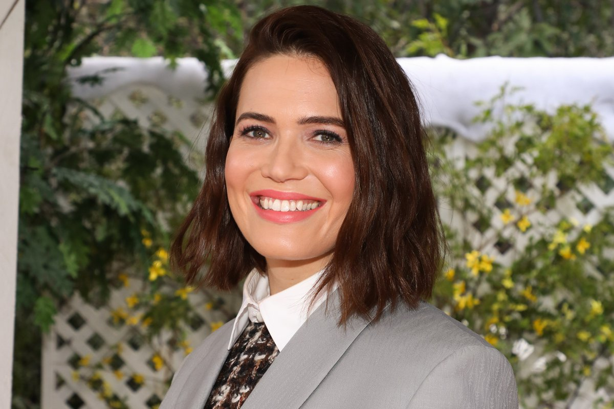 Mandy Moore Opens Up About Knowing She Would Marry Again https://t.co/lb0W8sZoTu https://t.co/3WIhCbfa2k