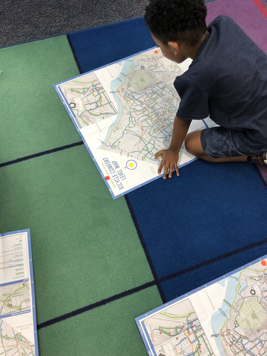 Doing a map scavenger hunt as part of our expedition work <a target='_blank' href='http://twitter.com/CampbellAPS'>@CampbellAPS</a> <a target='_blank' href='http://twitter.com/ELeducation'>@ELeducation</a> <a target='_blank' href='https://t.co/nBgyPpBSvZ'>https://t.co/nBgyPpBSvZ</a>