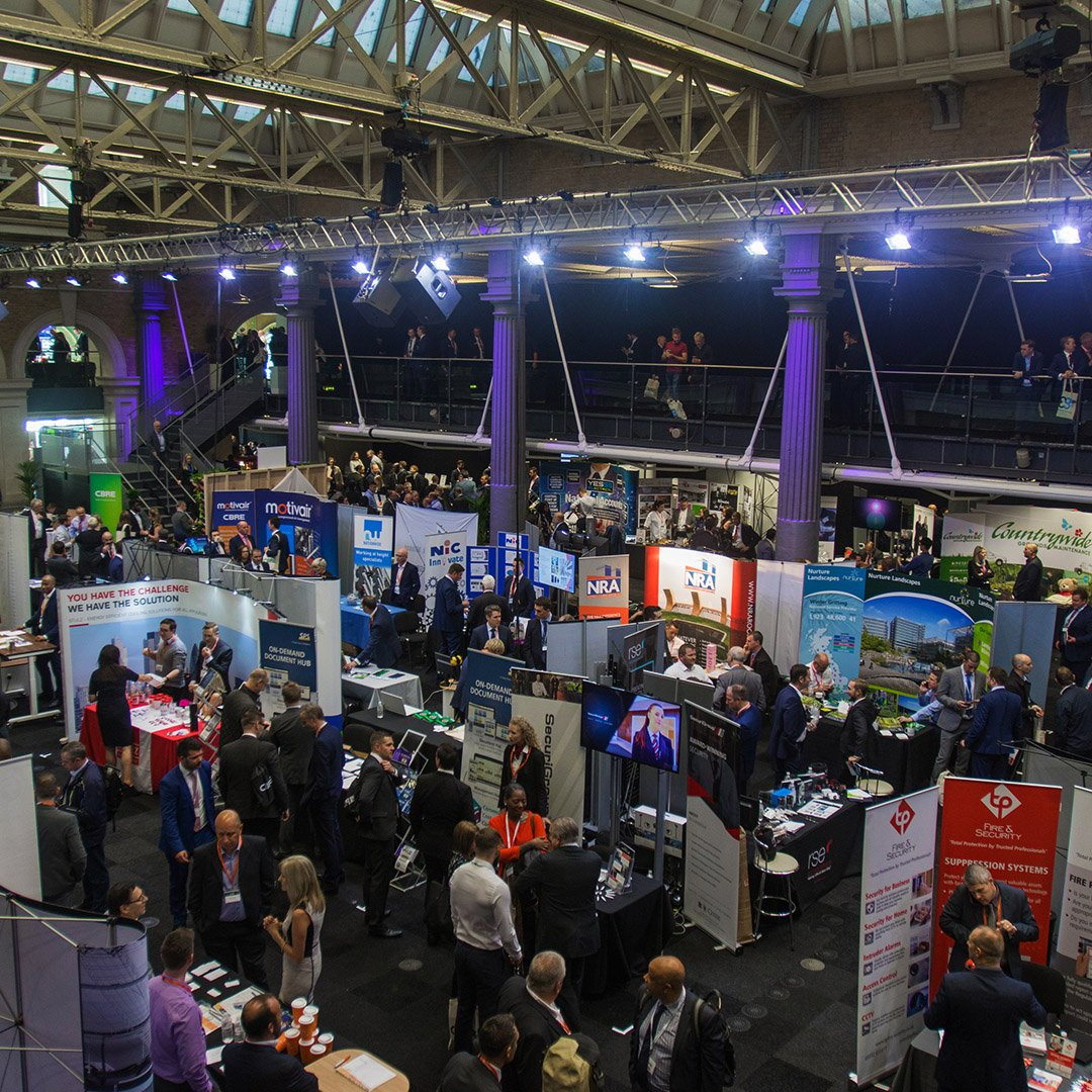 Continuing our Exhibition theme for this month - we loved producing this popular exhibition at @oldbillingsgate providing elements such as break out rooms, stand builds, AV and technical solutions #EOL #Eventprofs #exhibitions #London #eventproduction