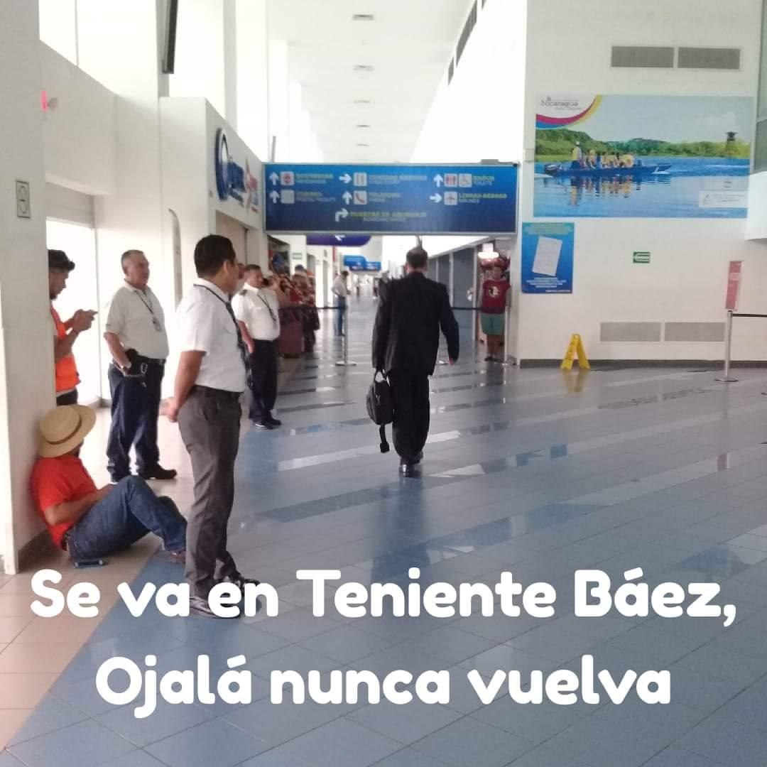 Buen Viaje Compañero 😂😂😂 #ElQueSeTerminoYendoFueEl #NoPudieronNiPodran #VivaElFrente ❤🖤