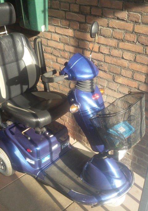 RT @BPDenHoorn: Scootmobiel gevonden, wie is/kent de eigenaar. info@buurtpreventie-denhoorn.nl https://t.co/jlM8UpyPD5