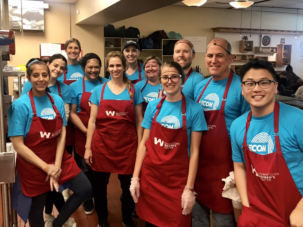 Incredible morning at @DWCweb with our @AECOM team. Grateful for the opportunity to serve together. #AECOMBlueprint Service Month. #endhomelessness