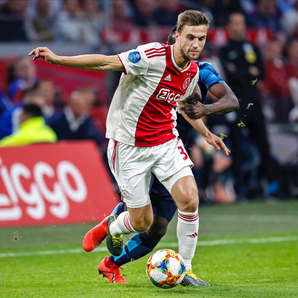 2 finals in the @eredivisie left! 🙏 #Ajax #WijZijnAjax https://t.co/dqSP17k33U