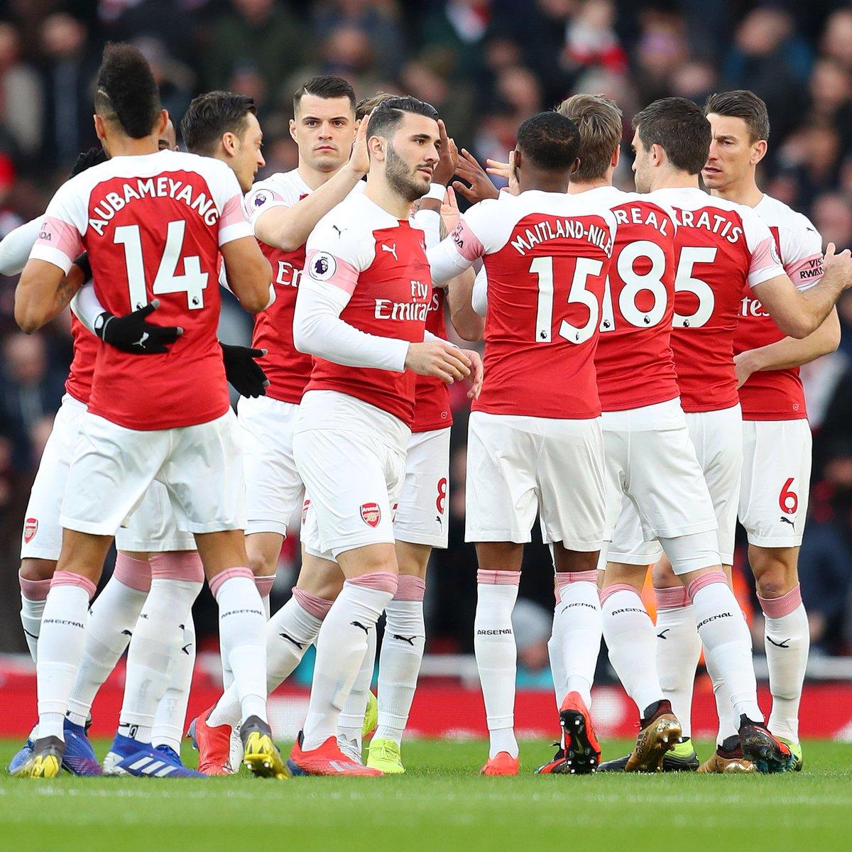Arsenal FC's photo on Molineux