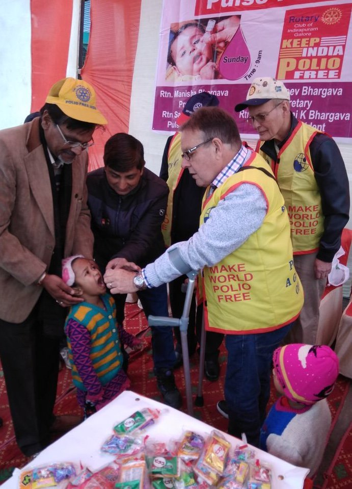This week is World Immunisation Week - the theme this year is 'Vaccines Work'. Pictured is polio survivor and Polio Australia board member - Gary Newton (@vaxxsavekids) - administering polio vaccine (drops) in India in 2018. #EndPolio #VaccinesWork