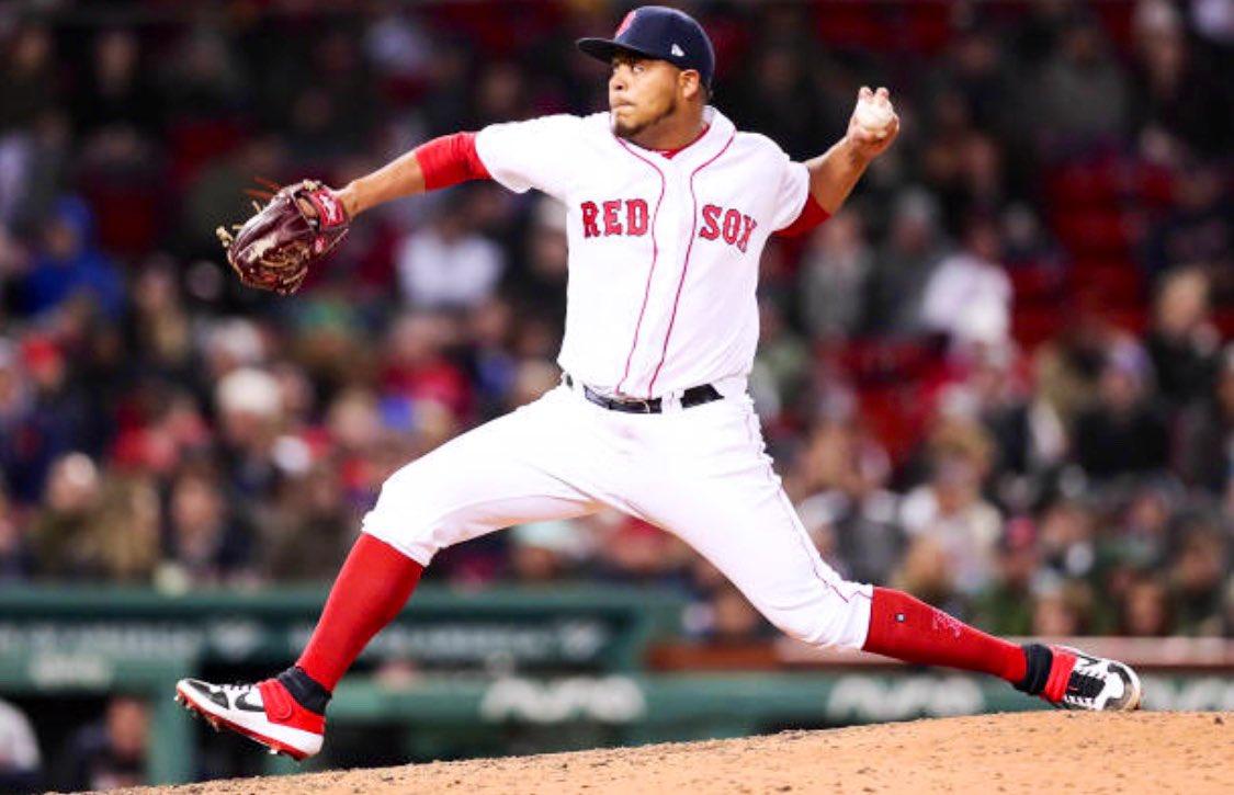 MLB debut for Darwinzon Hernandez:   2.1 IP, 4 H, 0 ER, 1 BB, 4 K<br>http://pic.twitter.com/WA2ckKMZvv